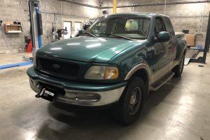 Ford F-150  V8