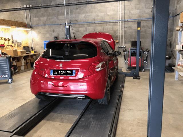 Peugeot 208 GTI THP 200cv